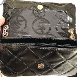 Michael Kors Bags - Michael Kors Quilted Chain & Lock Bag